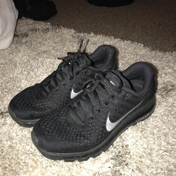 Black Nike Air Max 2017
